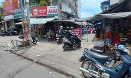 Khánh Hòa: Phát phiếu cho người dân đi chợ