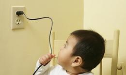 Cứu sống bé bị điện giật ngưng thở, ngưng tim