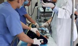 Kỹ thuật nội soi hiện đại giúp chẩn đoán trẻ viêm loét dạ dày, tá tràng không đau