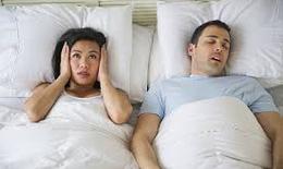 Ngủ ngáy: nguyên nhân và cách khắc phục