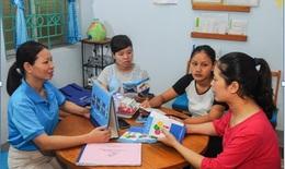 Giúp phụ nữ nông thôn Việt Nam tiếp cận các dịch vụ chăm  sóc sức khoẻ sinh sản