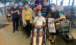 Đón 310 công dân Việt Nam từ Malaysia về nước