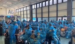 Hàng trăm công dân Việt Nam ở nước ngoài tiếp tục được đón về nước