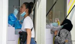 Hơn chục bệnh viện ở Bangkok ngừng xét nghiệm COVID-19 do thiếu nguồn cung