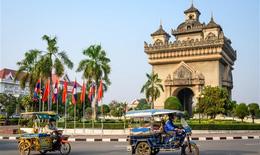 Tạo điều kiện cho công dân Việt Nam tại Lào có nguyện vọng về nước