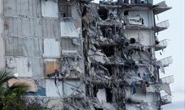 Hình ảnh kinh hoàng về vụ sập tòa nhà ở Mỹ