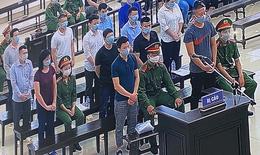 """Tuyên án 14 bị cáo vụ Nhật Cường, kiến nghị xử lý 2 tiệm vàng """"giúp sức"""" chuyển hàng nghìn tỷ ra nước ngoài"""