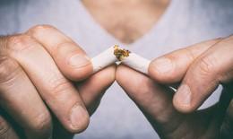 Thuốc lá làm tăng gần gấp đôi nguy cơ biến chứng COVID-19