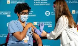 Vì sao một số người được bảo vệ tốt hơn với vắc-xin COVID-19?