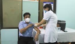 Một vài lưu ý khi tiêm vắc xin phòng COVID-19