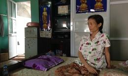 Nỗi đau tột cùng của người mẹ đơn thân ung thư có con suy thận
