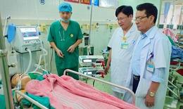 Thanh niên bị gẫy một loạt xương sườn, dập phổi, sốc mất máu vì tai nạn giao thông