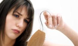 Rụng tóc có phải do thiếu chất?