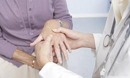 Viêm khớp dạng thấp và việc dùng thuốc ức chế miễn dịch
