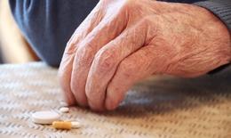 Lạm dụng thuốc giảm đau ở người già
