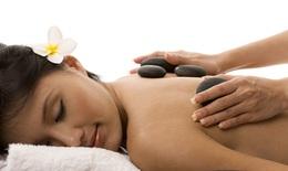 Massage trị liệu bằng đá nóng: Lợi ích và những cảnh báo