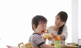 Khi trẻ biếng ăn...