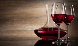 Rượu vang đỏ chứa chất chống oxy hóa có lợi cho phụ nữ