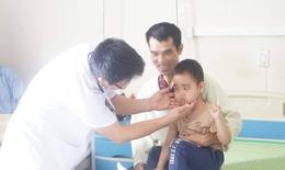 Trẻ 5 tuổi nguy kịch do dùng thuốc corticoid chữa viêm tiểu phế quản