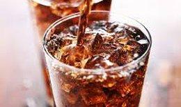 Nước ngọt không đường gây tăng cân, suy giảm trí nhớ và đột quỵ