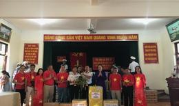Công đoàn Y tế Việt Nam đến với quân, dân huyện đảo Trường Sa
