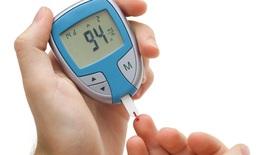 Dùng nhiều liệu pháp trị bệnh tiểu đường, coi chừng hạ đường huyết quá mức