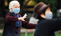 """Mùa lạnh, bệnh hô hấp """"tấn công"""" người cao tuổi"""
