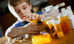 Cách bảo vệ trẻ khỏi nguy cơ ngộ độc tại nhà