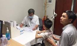 Chưa hết nỗi lo sốt xuất huyết, trẻ mắc bệnh hô hấp ùn ùn nhập viện