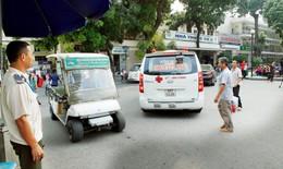 BV Bạch Mai: Đình chỉ 2 bảo vệ chặn không cho xe ngoại tỉnh vào đón bệnh nhân