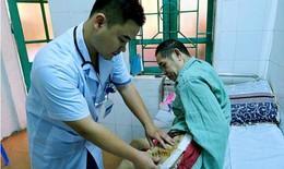 Cứu cụ ông mất đoạn xương đùi trái sau nhiều lần phẫu thuật không thành