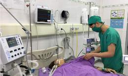 5 phút báo động đỏ mổ khẩn cấp cứu sống bệnh nhân bị chèn ép tim cấp suýt chết