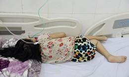 Bé gái mắc tan máu bẩm sinh, đái tháo đường, men gan gấp 4 lần thoát chết hi hữu