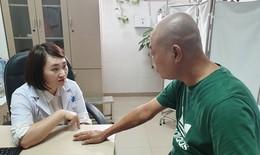 Người đàn ông suy thận nặng vì tin theo quảng cáo chữa khỏi vảy nến