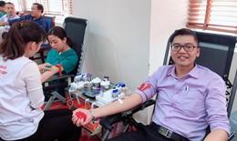 Cán bộ nhân viên BV Da liễu TƯ hiến máu, ủng hộ hơn 38 triệu đồng cho người bệnh