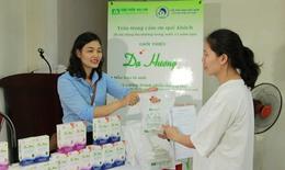 Gần 1.000 nữ lao động tham gia tư vấn và khám sức khỏe sinh sản