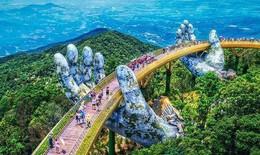 Hôm nay, Đà Nẵng có tia UV ở mức rất nguy hại cho sức khỏe; Hà Nội mưa dông