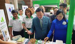 Bộ trưởng Bộ Y tế: Hãy dừng sử dụng túi nilông khó phân hủy ngay từ hôm nay