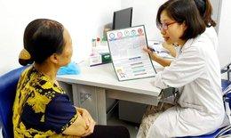 BV Bạch Mai tư vấn dùng thuốc đúng cách cho bệnh nhân ung thư ngoại trú vào các buổi chiều hàng ngày