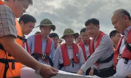 Vụ tràn dầu tàu vận tải hơn 8.000 tấn: Thủ tướng chỉ đạo khẩn trương ứng phó, không để ô nhiễm môi trường