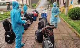 Bản tin dịch COVID-19 trong 24h qua: Đội phản ứng nhanh kiểm tra khách sạn đang dùng để cách ly tổ bay quốc tế