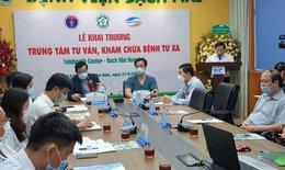 Bác sĩ ở Hà Nội trực tuyến khám chữa bệnh từ xa cho bà con Lào Cai, Nghệ An