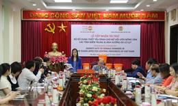 Hỗ trợ gần 6.000 bộ đồ dùng khẩn cấp cho phụ nữ tại 3 tỉnh miền Trung bị lũ lụt