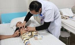 Khối lồng ruột của bé 10 tháng tuổi quá chặt buộc phải dùng kỹ thuật nội soi