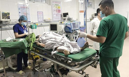 Ưu tiên cao nhất cứu chữa nạn nhân vụ TNGT thương tâm ở Hòa Bình, Nghệ An