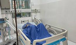 Huy động 4 đơn vị máu trong đêm, cứu cụ bà nguy kịch do bị trâu húc