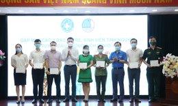 Hội Thầy thuốc trẻ Việt Nam hỗ trợ cho 100 cán bộ y tế vượt khó chống dịch