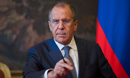 Euro ngoại truyện: Cổ động viên Nga bị giam giữ, ông Sergei Lavrov lên tiếng