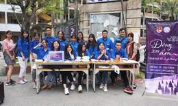 Sinh viên ĐH Luật Hà Nội làm thiện nguyện
