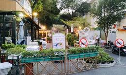 COVID-19: Hà Nội, TP. Hồ Chí Minh tạm dừng hoạt động đường sách